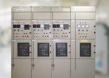 synchronize-panels